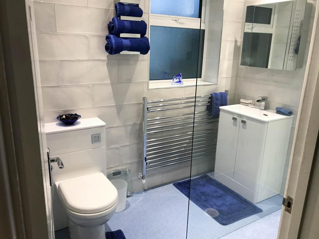 Bathrooms - Revive my room (7)